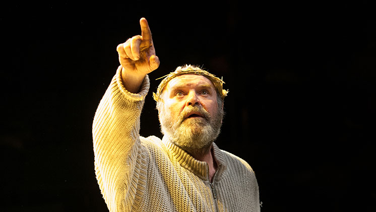 the deception in king lear a play by william shakespeare William shakespeare one of the greatest parts ever written by shakespeare king lear plays at the brooklyn academy of music year of the mad king.